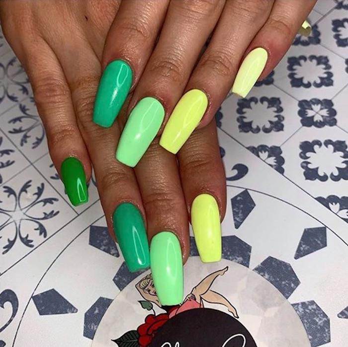 tonal nail art trend