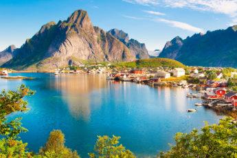 viking-locations-Lofoten-islands-main-image