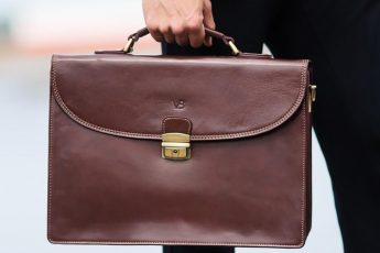 best-leather-briefcases-for-business-main-image