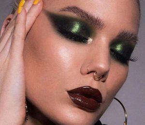 emerald green makeup