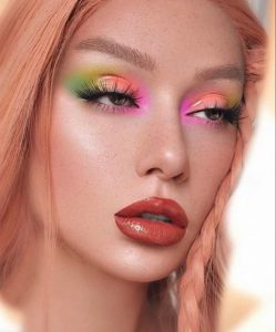 instagram makeup trends to try in real life - pastel makeup