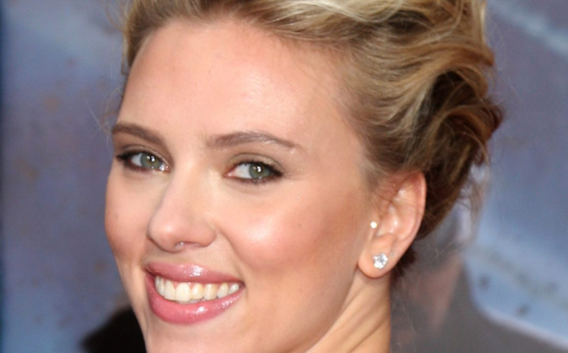 Celebrity Short Hairstyles For A Glamorous Look