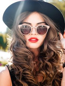 retro-style-tips-fashionisers-girl-in-classic-red-lip