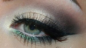 10_dramatic_smokey_eye_makeup_ideas_fashionisers_main_image
