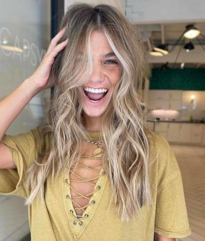 The Best Haircuts For Thin Hair To Appear Thicker Fashionisers C Part 7