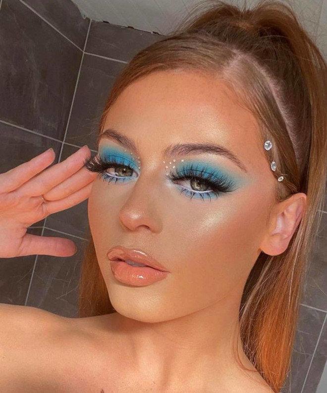 easy neon makeup looks for summer