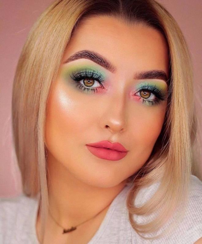 tropical emerald green makeup looks for summer