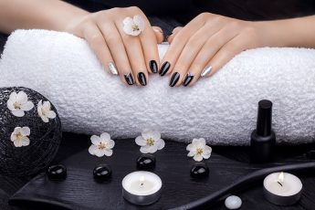 how-to-take-care-of-your-nails-while-salons-are-closed-main-image-fashionisers