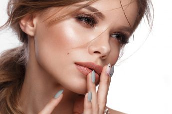 spring-and-summer-makeup-trends-main-image