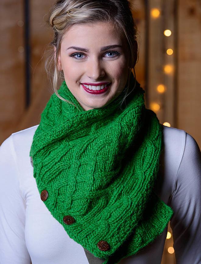 neckwarmer-aran-traditions-irish-wool