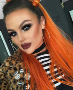 sexy & spooky makeup looks to get into halloween mood
