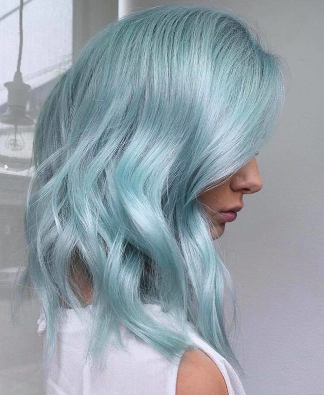 cool toned hair colors to contrast the fall aesthetic