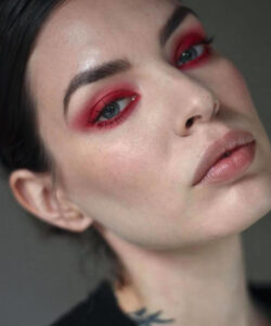 here is how to wear the risky red eyeshadow ahead of halloween