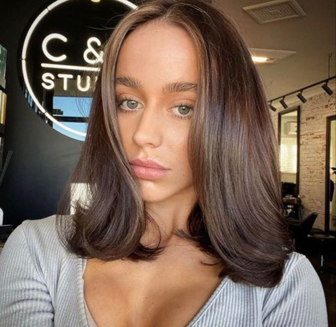 horoscope haircuts are a thing - check out what style you should get based on your zodiac sign - taurus - collar bone length cut