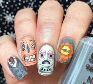 spook-tacular halloween nail designs