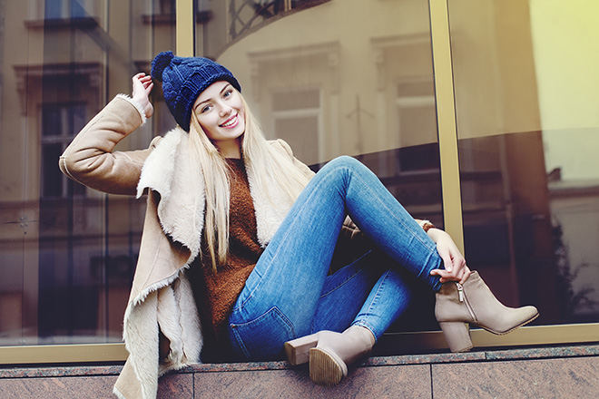 winter-clothing-woman-in-jacket-and-winter-hat