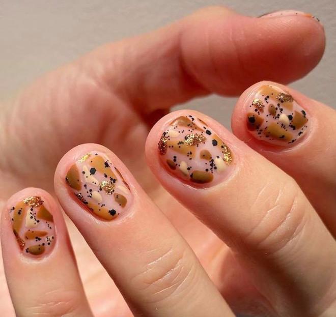 diy holiday nails