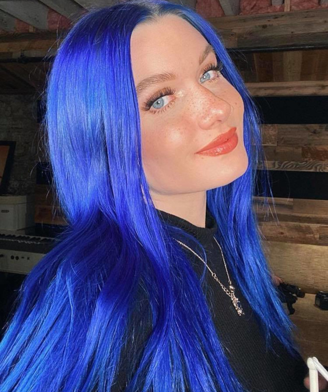 vibrant hair colors to brighten up your winter days