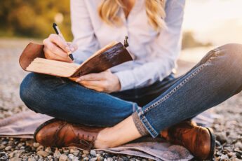 footwear-trends-you-need-to-know-about-woman-writing-crossed-legged-in-nice-shoes
