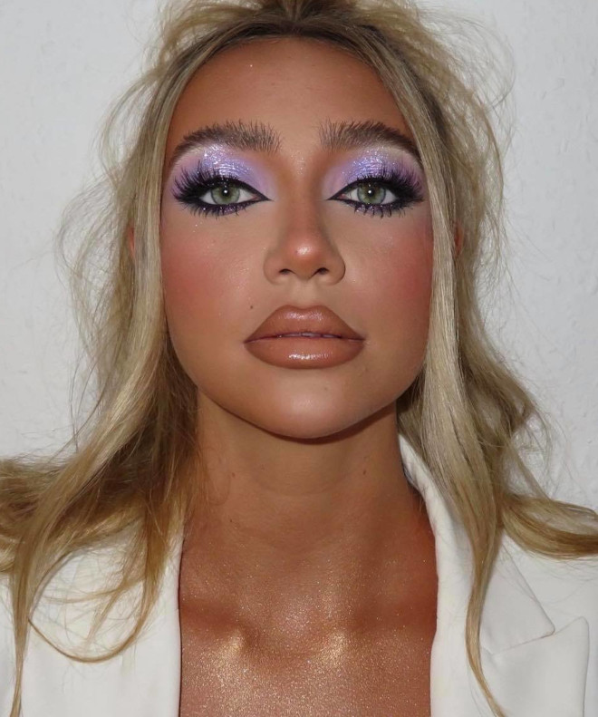 how to wear the purple makeup trend