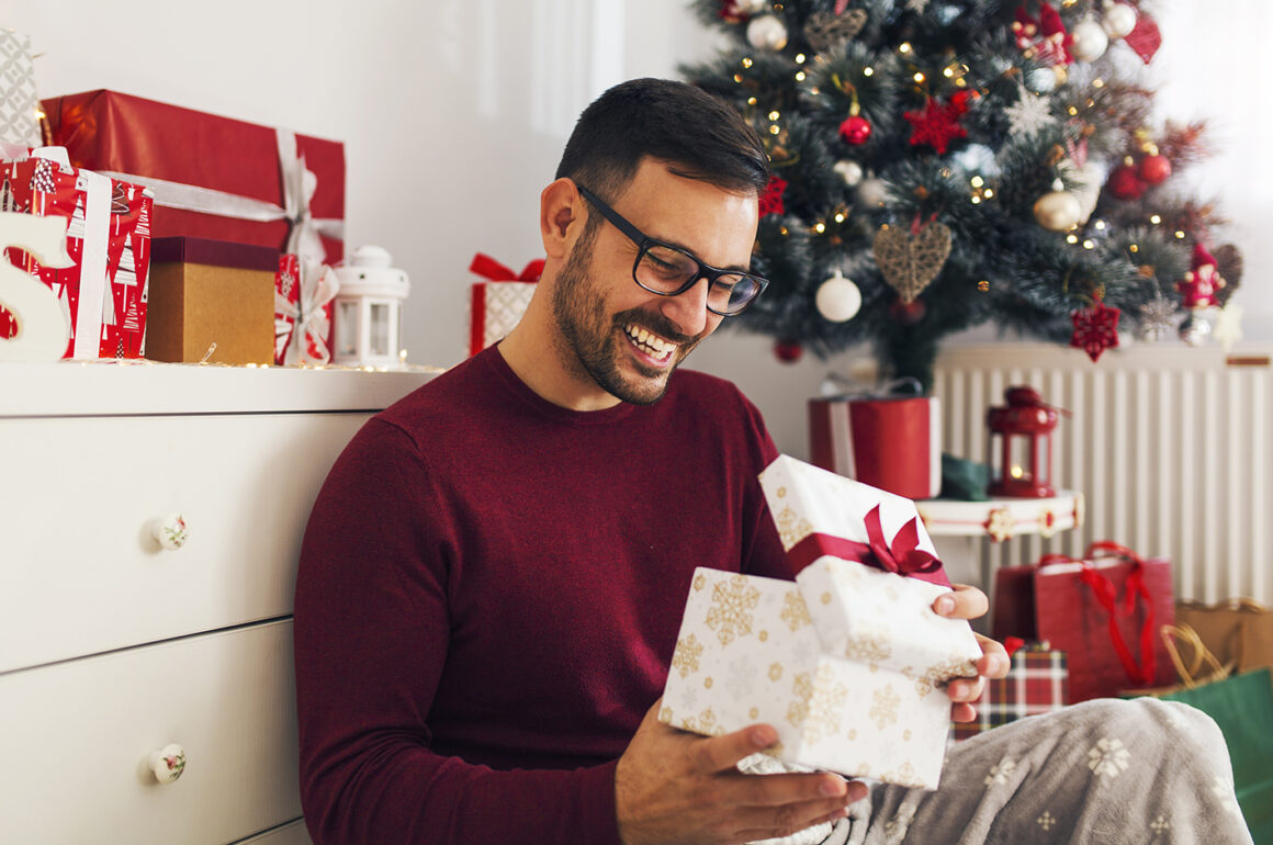 how-to-shop-for-your-main-man-opening-present