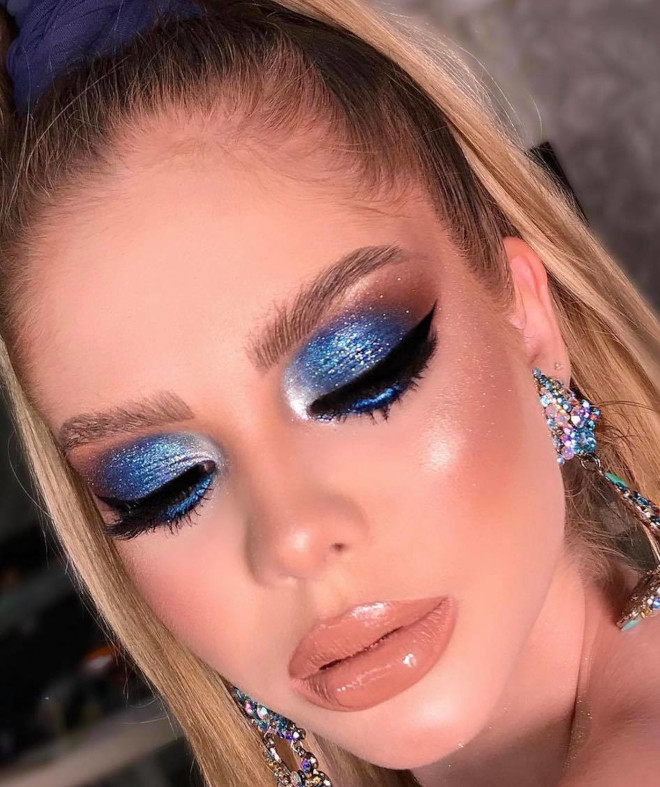 the prettiest aquarius makeup looks to bring out your unique personality