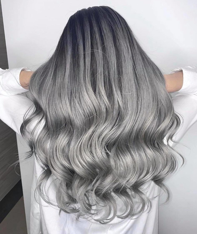 Try Some of These Mesmerizing 2021 Hair Colors for a Chic Look | Fashionisers©