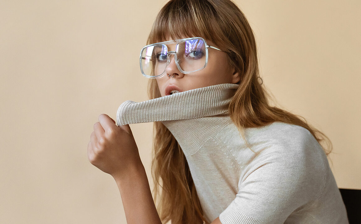 upcycle-old-clothes-into-something-new-woman-in-vintage-clothing-turtle-neck-glasses