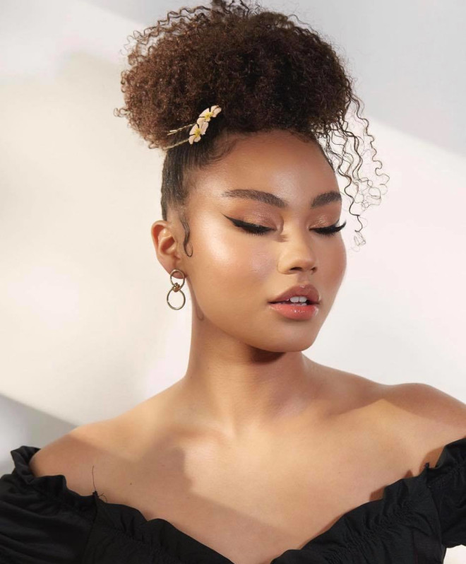 chic ways to style short natural hair