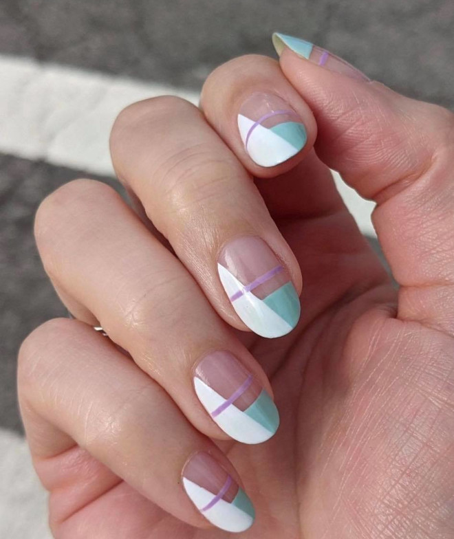classy nail designs that will go well with any outfit