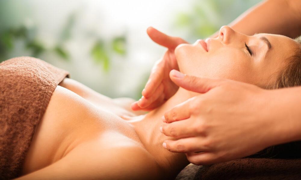 massage-reiki-healing-wellness-health-1000x600
