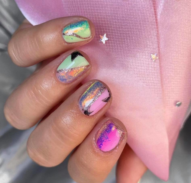 spice up your look with these spring star nail designs