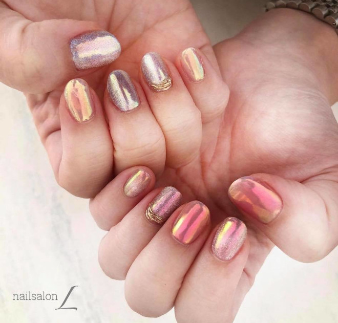 aurora nails are the prettiest manicure trend for spring