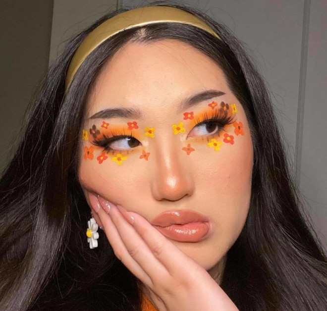 flower makeup is the feel-good makeup trend we can all use rn