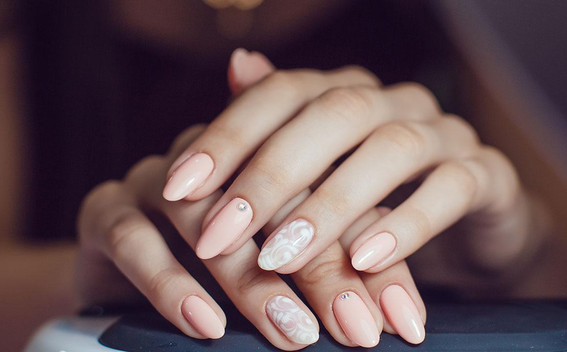 natural-pink-white-nails