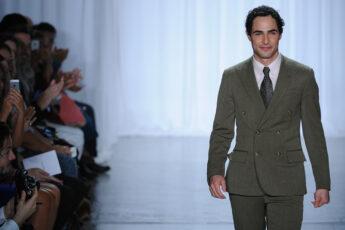 essential-skills-to-become-successful-designer-fashion-designer