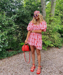 tropical outfits that will give you major vacay vibes