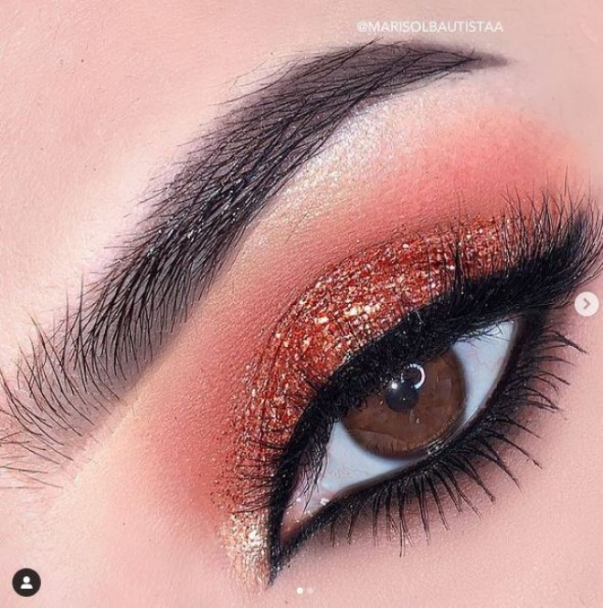 The Brightest Eyeshadow Colors to Steal the Show this summer