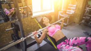 how-to-deadlift-more-weight-woman-weight-lifting