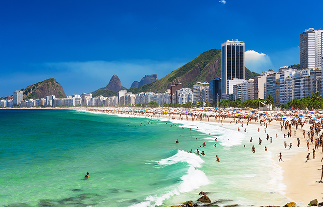 what-to-do-in-rio-dejaniero-brazil-main-image-travel-copacabana