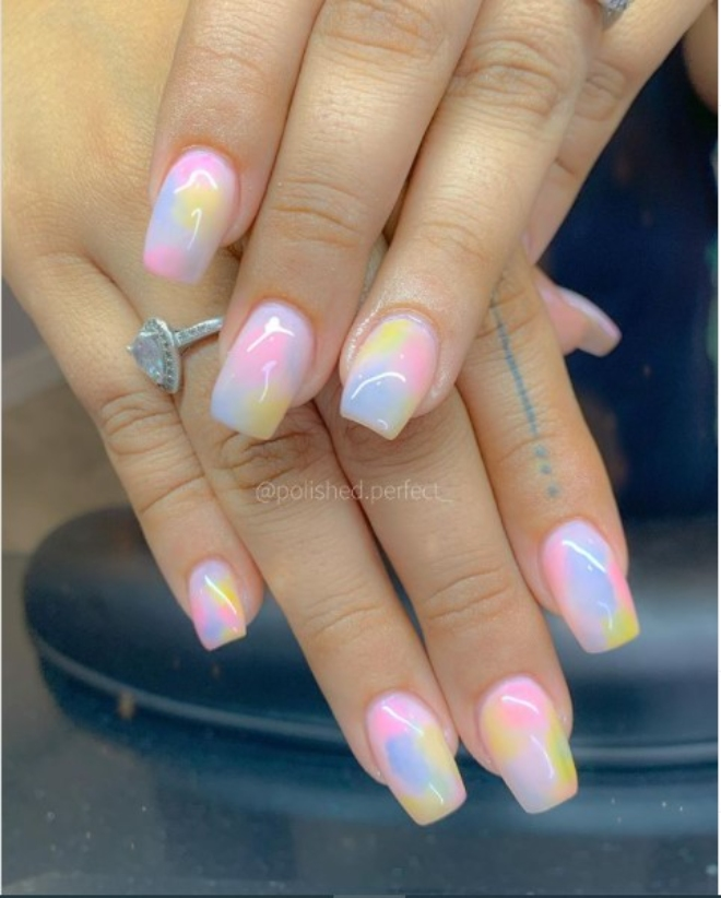 Cotton Candy Nails are taking over Instagram