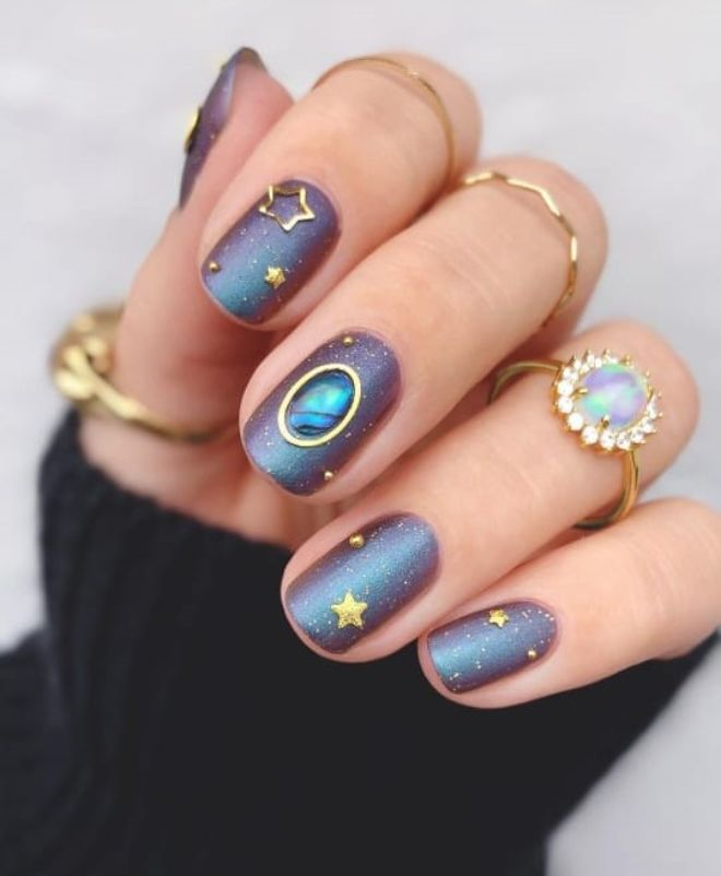 Celebrate Spooky September With These Halloween Nails