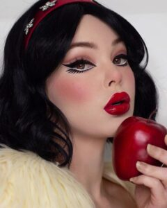 These 60's Inspired Makeup Looks Could Work for Halloween or for Your Girls Night Out