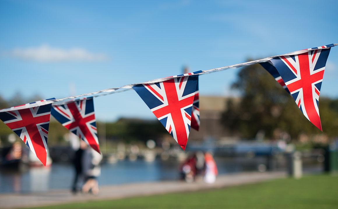 multiple-brutish-flags
