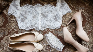 styling-tips-to-make-heads-turn-this-wedding-season-bridal-accessories-laid-out
