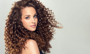 ways-to-tame-static-and-fly-away-hair-girl-with-great-hair-1000x600